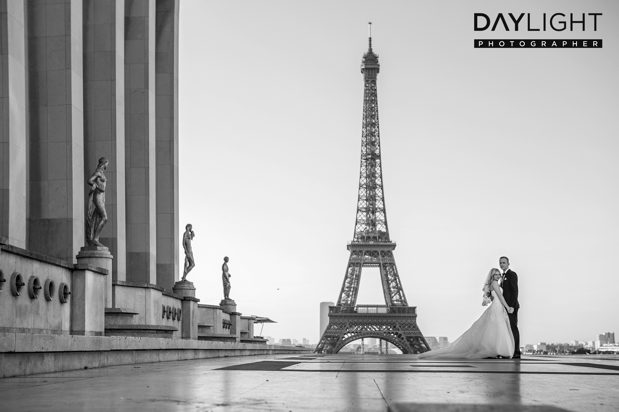 die besten hochzeitsfotografen kommen aus paris. Black Bedroom Furniture Sets. Home Design Ideas