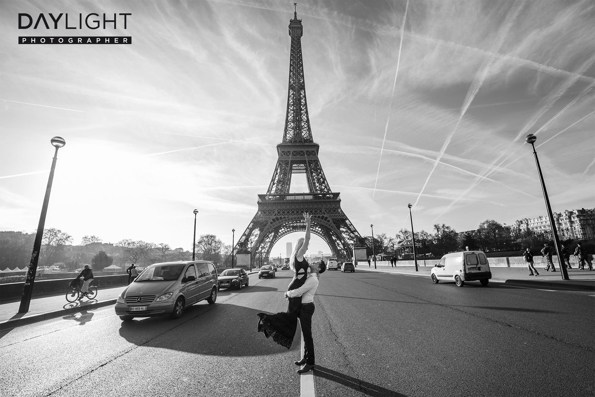 verlobungs shooting eiffelturm paris Überraschung in Paris   Fotoshooting mit deutschen Fotografen