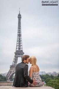 romantischer fotoshooting eiffelturm paris