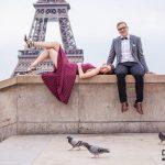 entspanntes eiffelturm fotoshooting 150x150 Purpur Fotoshooting in Paris