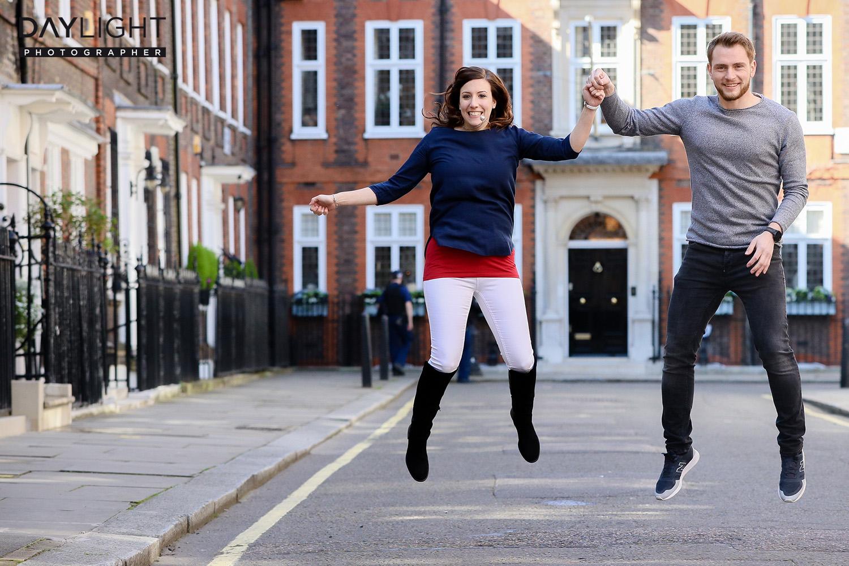 london street fun fotoshooting mit fotograf Fotoshooting mit Heiratsantrag in London