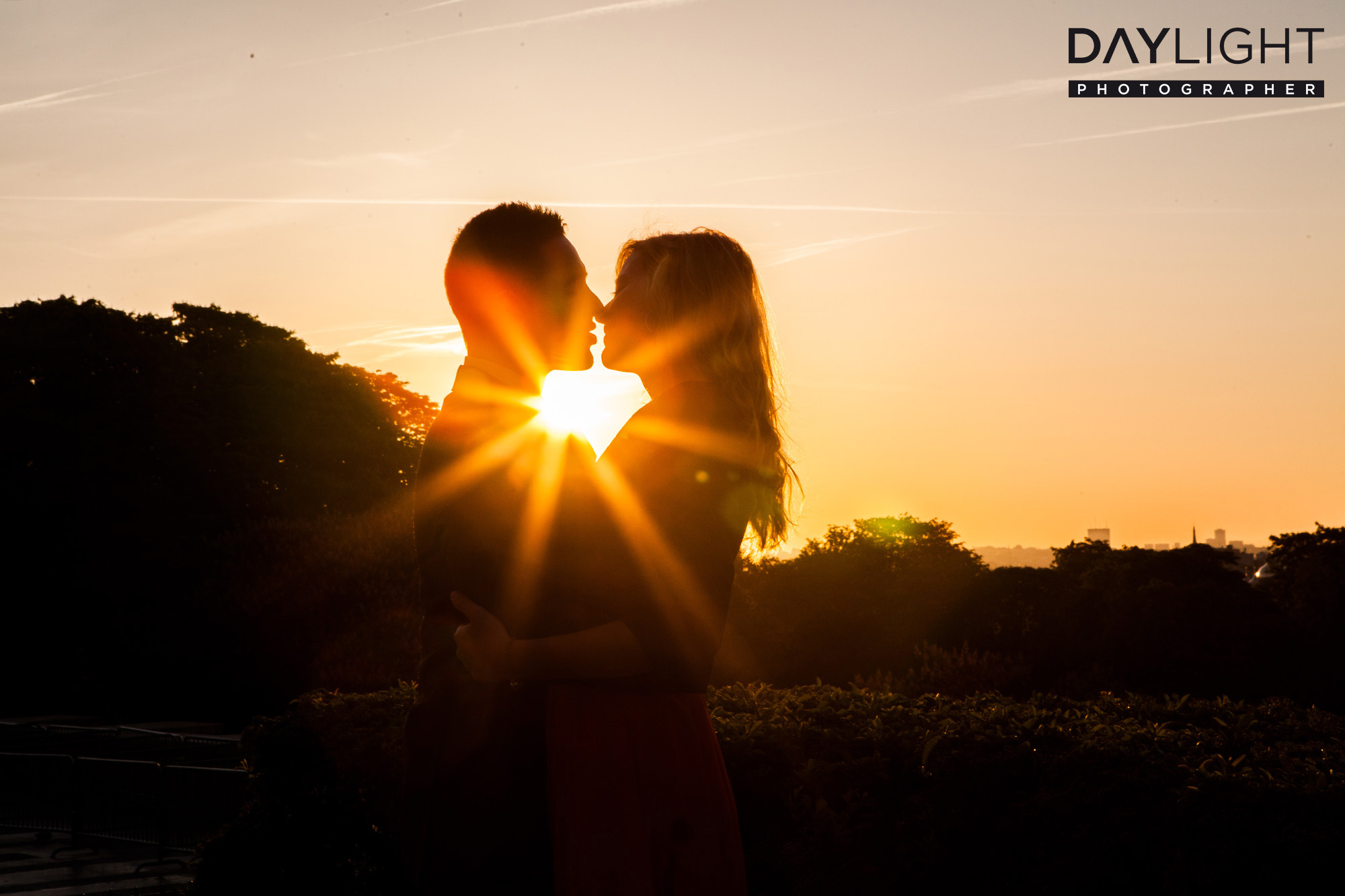 Kuss Romantisch In Paris Daylightphotographer